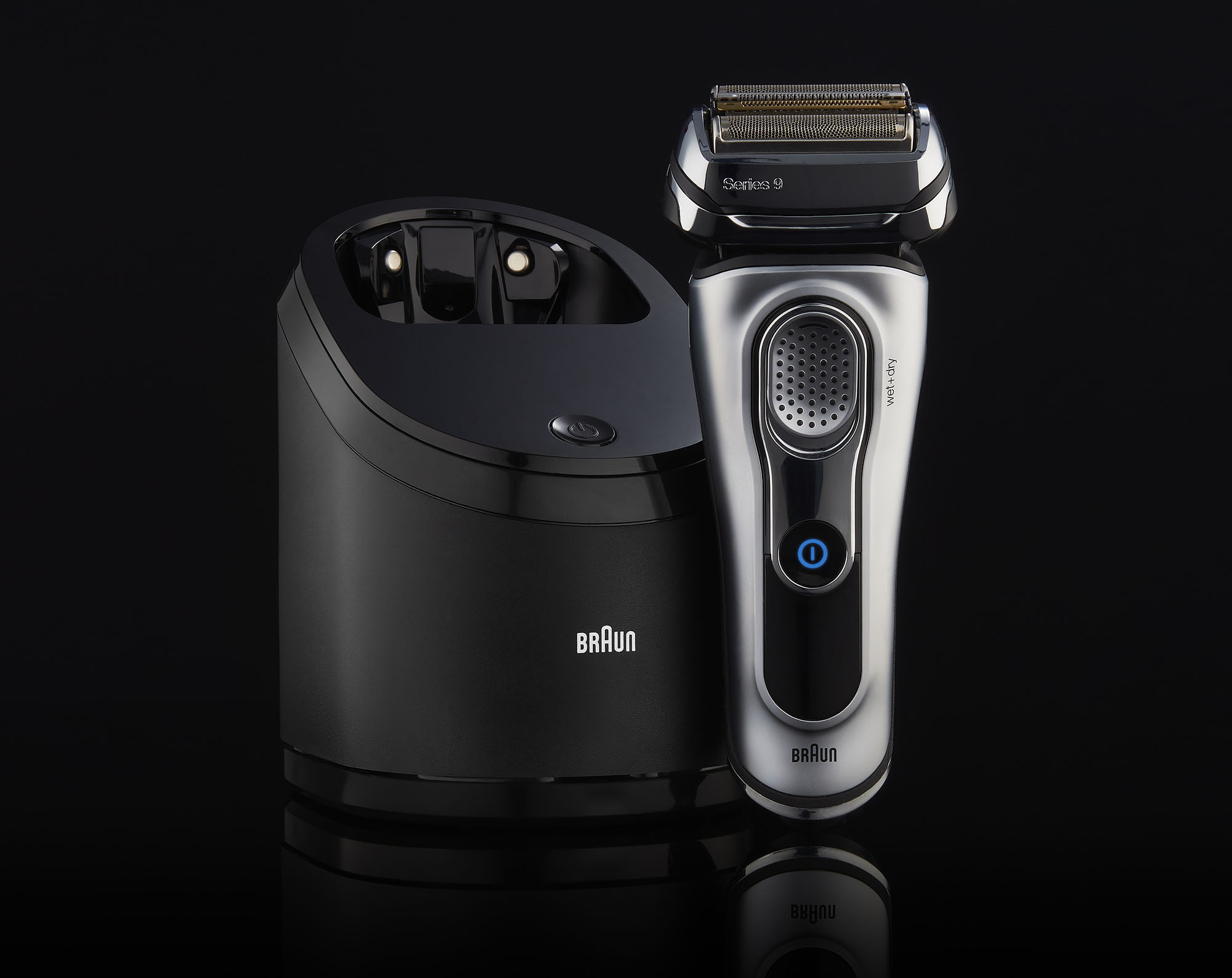 Ian Knaggs Commercial Product Photographer - Braun Shaver