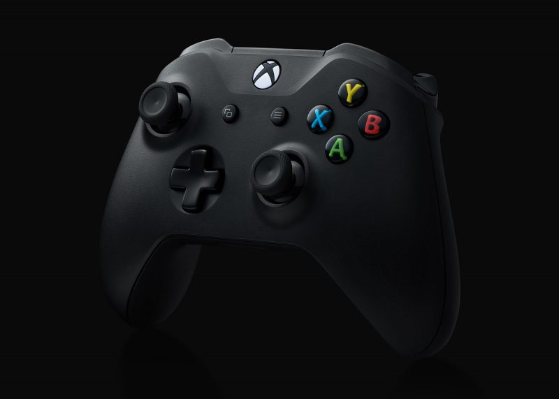 Ian Knaggs Commercial Product Photographer - Xbox Controller