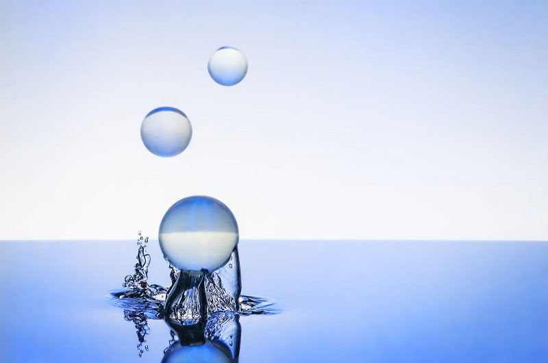 Ian Knaggs Commercial Still Life Photographer - Bouncing Blue Marbles