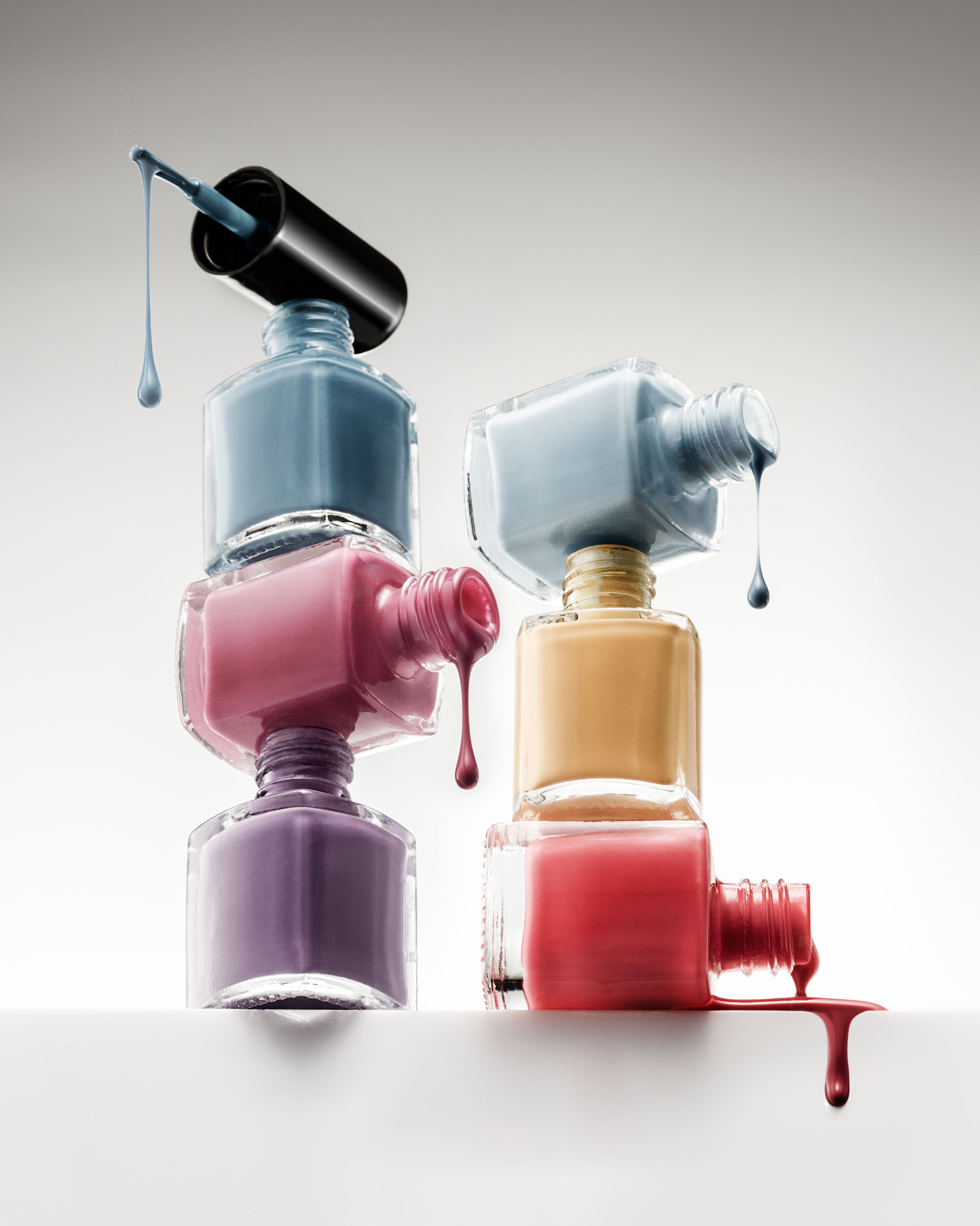 Ian Knaggs Commercial Still Life Photographer - Frozen Nail Polish Drips