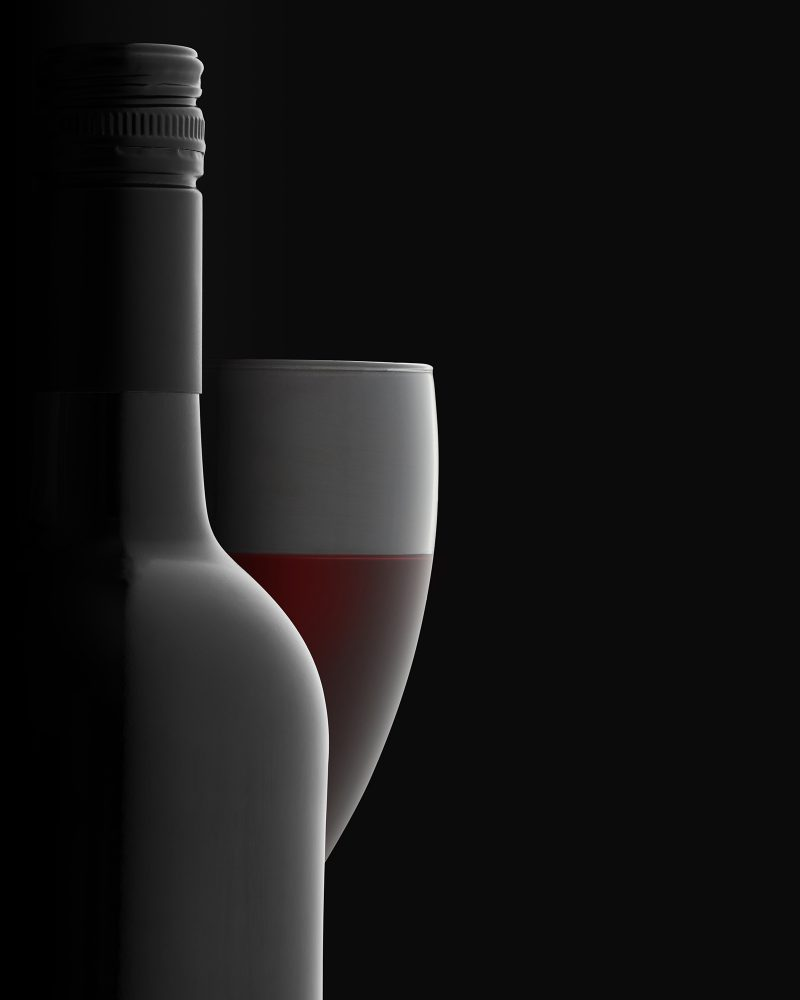 Ian Knaggs Commercial Still Life Photographer - Red Wine