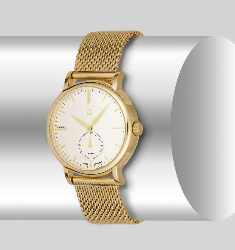 Ian Knaggs Commercial Watch Photographer - Gold Watch on Silver