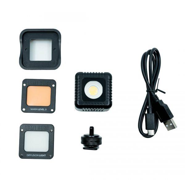 Lume Cube 2 box contents