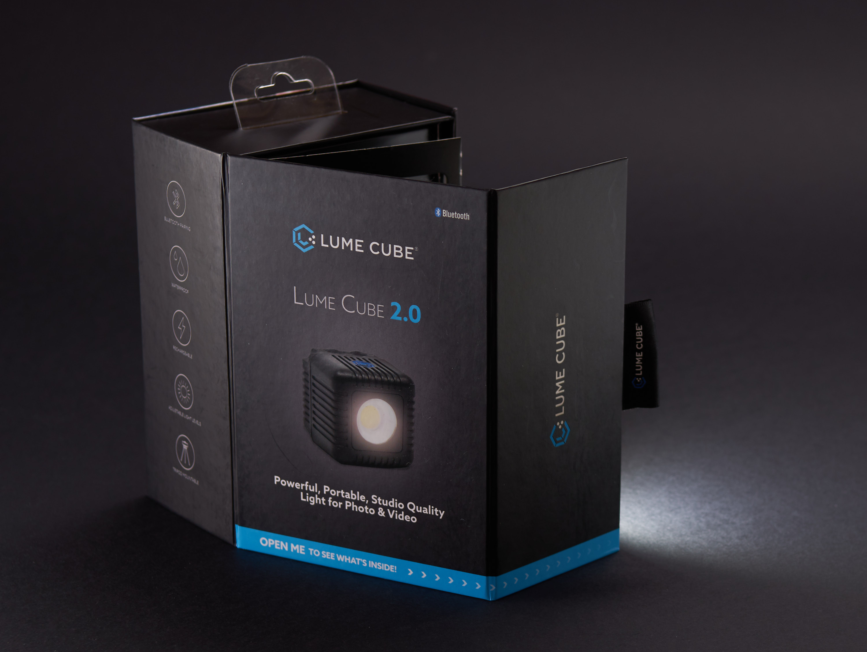 Lume Cube 2 product photography with optical slave